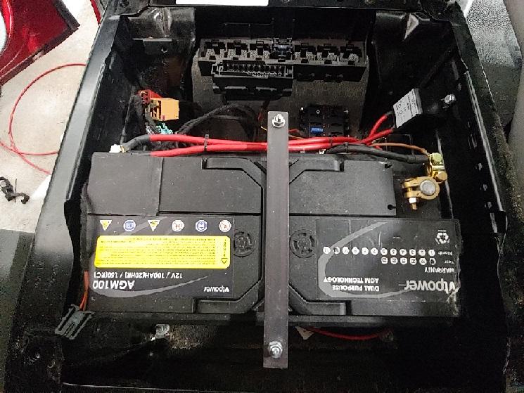 Instalación de batería auxiliar